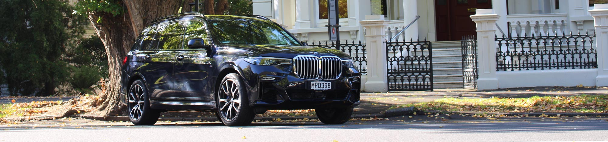 Book luxury chauffeur service with Marquee Limousines in Auckland and Sydney.